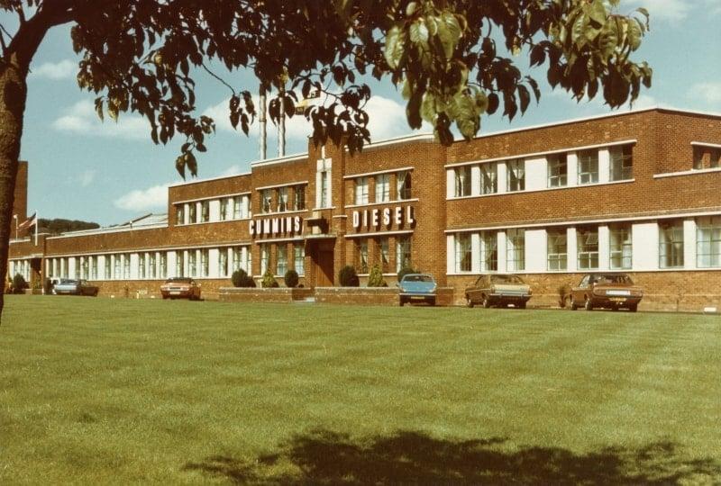 Nhà máy nước ngoài đầu tiên của Cummins tại Scotland - Anh năm 1956
