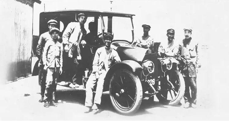 Chiếc xe sử dụng động cơ mitsubishi năm 1917