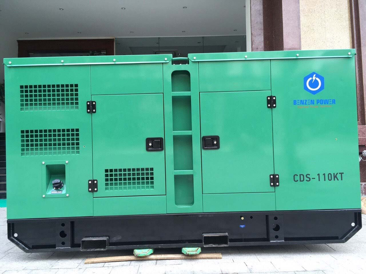 Máy phát điện Cummins 100kVA CDS-110KT