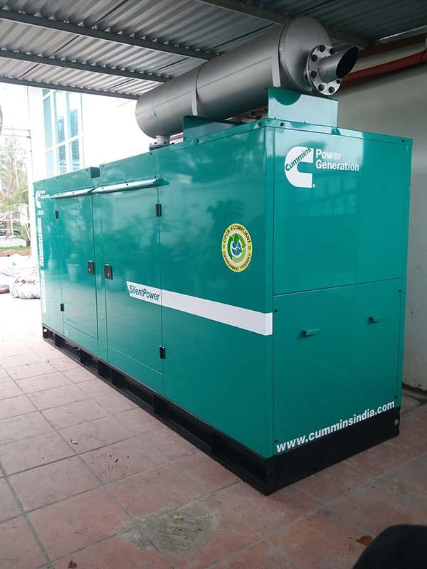 Máy phát điện Cummins 100kVA Ấn Độ được thiết kế rất đẹp và chắc chắn