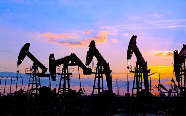 máy phát điện công nghiệp trong công nghiệp dầu mỏ