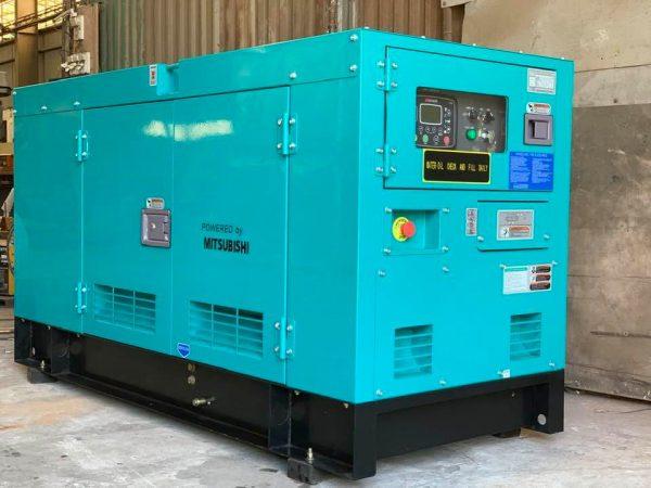 Máy phát điện công nghiệp cần được đặt vị trí thoáng mát, được che chắn khi sử dụng