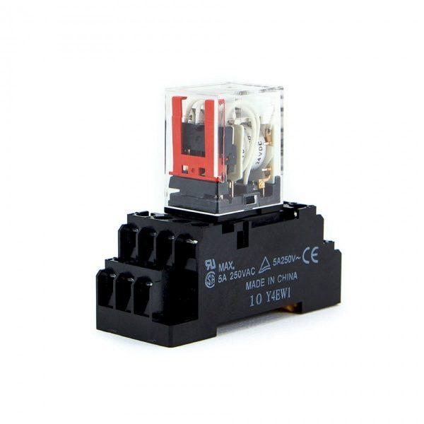 Role điện từ dùng để đóng cắt mạch điện